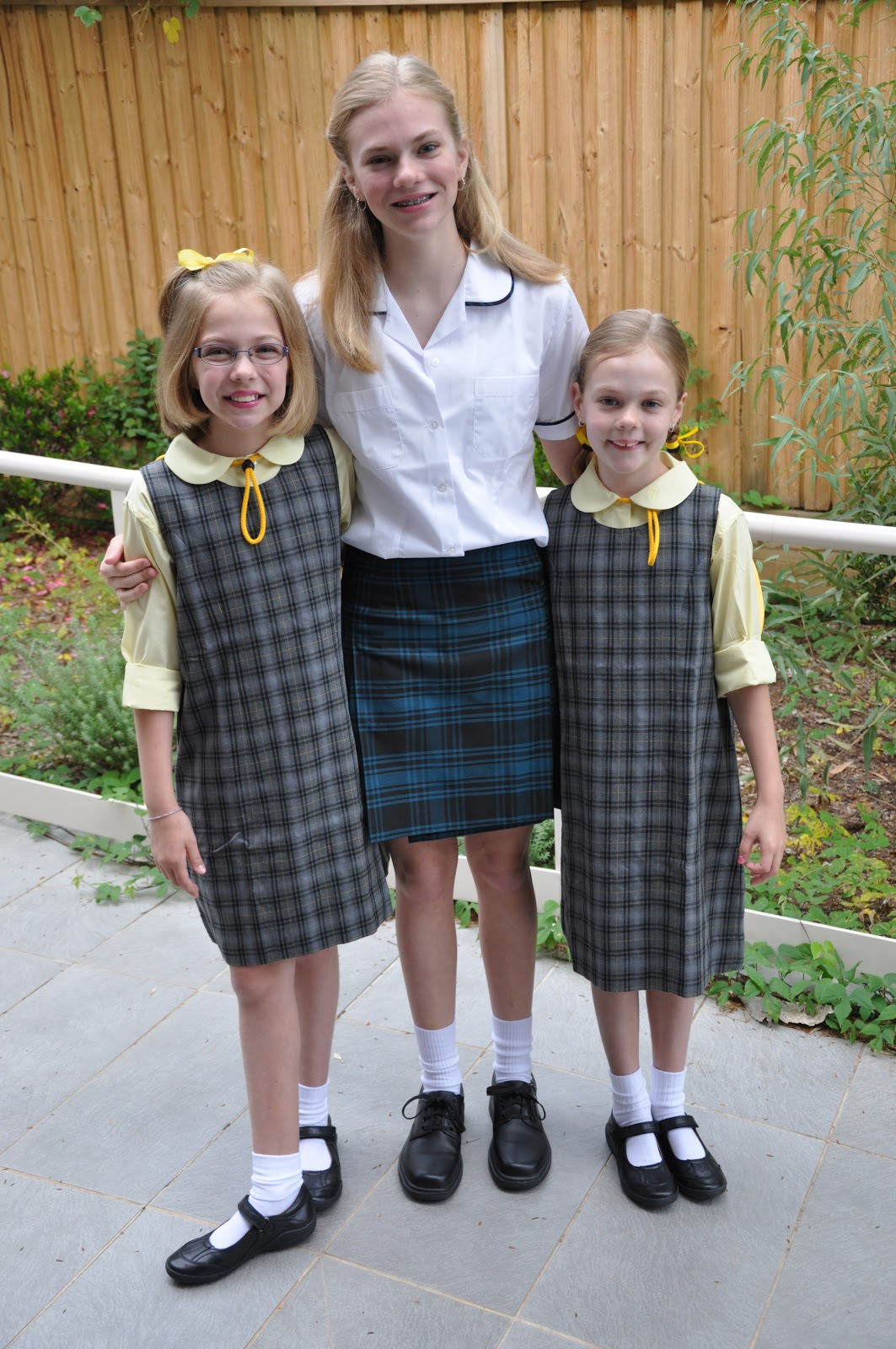 photo How to Look Great at a School Disco (Girls)