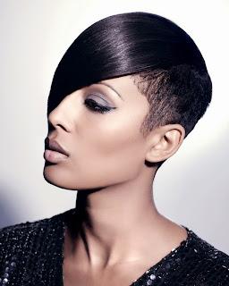 gaya rambut pendek wanita berkulit hitam