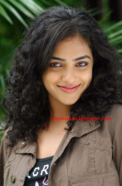south indian mallu actress nithya menon hot and rare bikini images pic