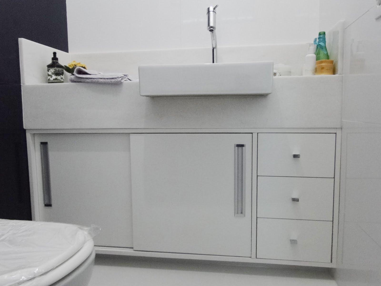 Armário Aéreo para Banheiro Politorno com Espelho Branco #437370 1600x1200 Armario Banheiro Aereo