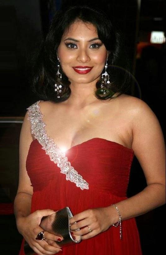 Manisha Kelkar - Dream Girl of Today's Generation