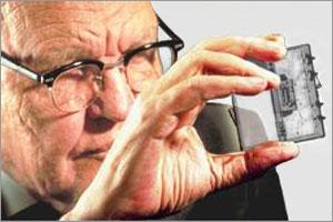 Jack St. Clair Kilby, Inventor Of Microchip