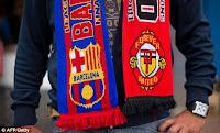 perlengkapan souvenir sepak bola
