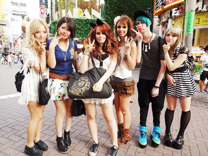 meeting girls in japan