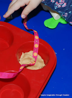 Making Paralympic playdough medals