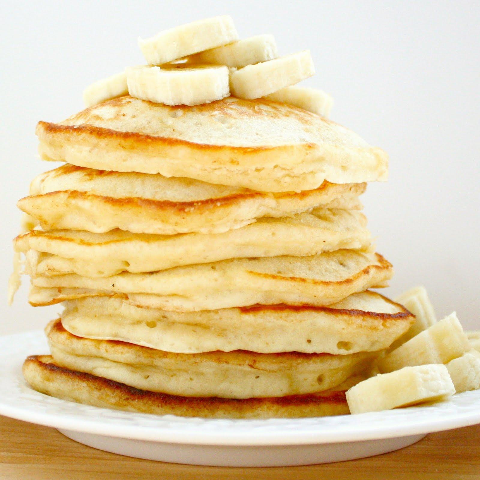 Banana Pancakes Banana pancakes // a bitchin'