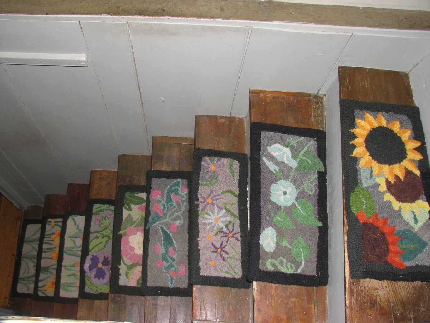 stair tread rugs – important for stairs