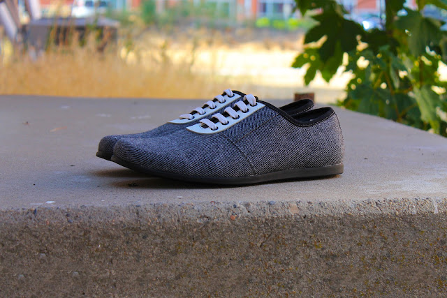 YOURS Shoes Quality Canvas Leather Footwear