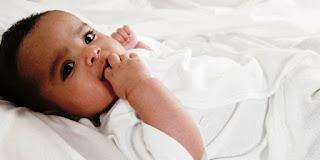Foto Gambar Bayi Lucu