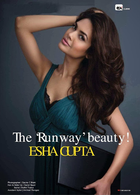 http://funkidos.com/bollywood/tech-girl-esha-gupta-exhibit-magazine