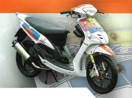 Gambar Modifikasi Motor Matic Mio Sporty title=