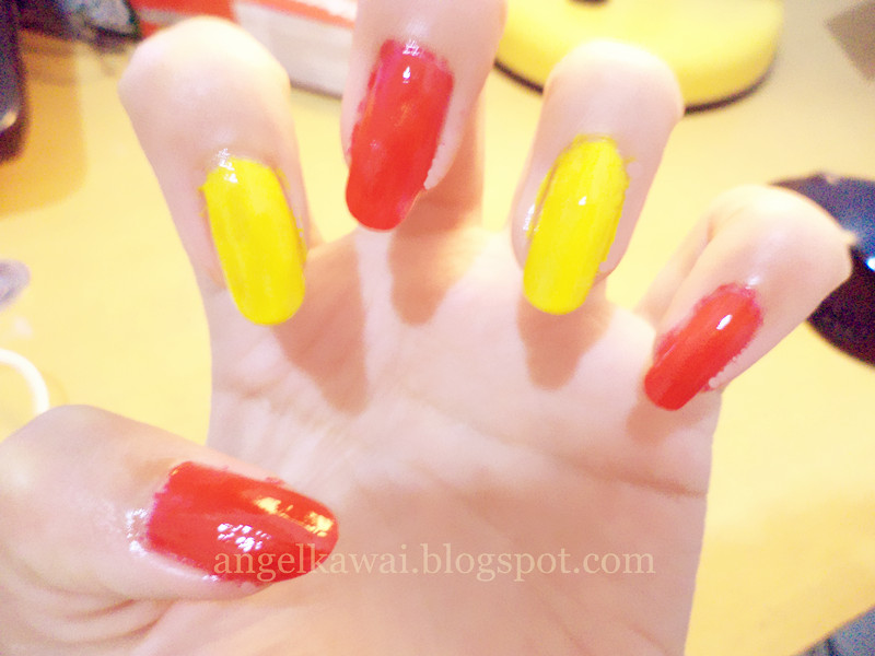 Angelkawai's Diary: Nail Art Strawberry
