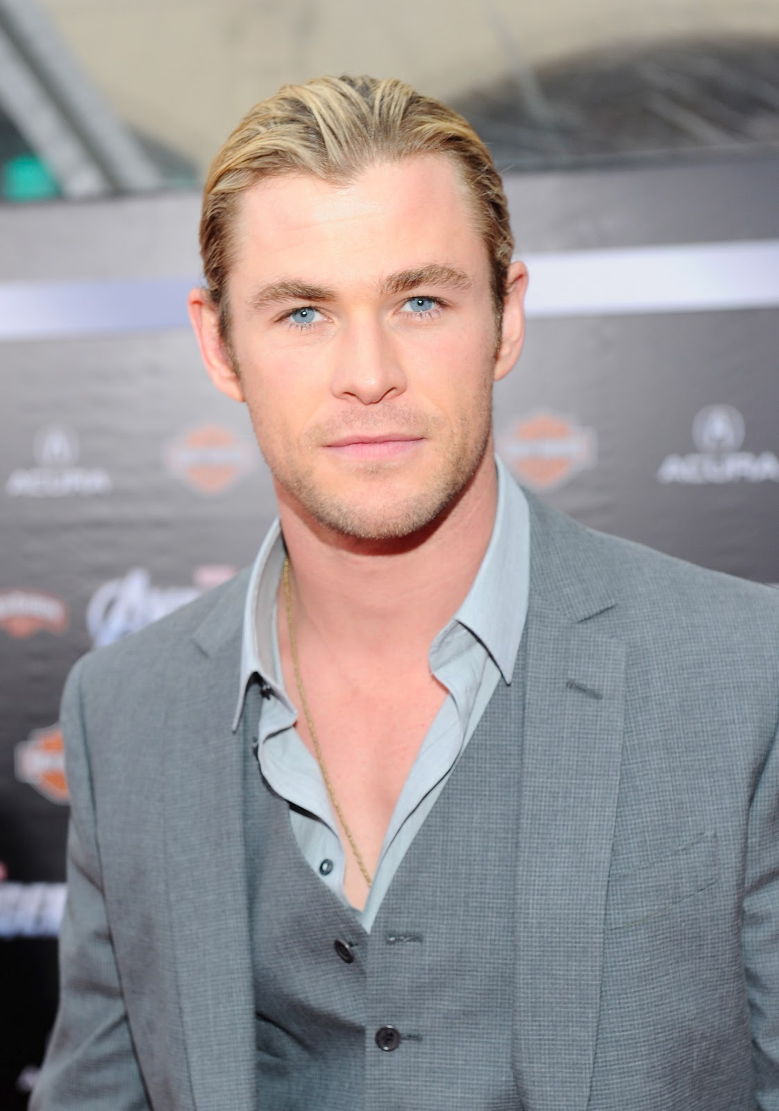 Are Chris Hemsworth Eyes Really Blue I'm chris hemsworth.