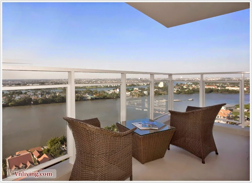 River Garden apartment for rent big balcony