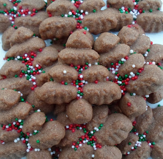 click for many spritz cookie recipes