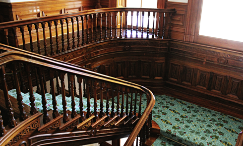 iolani palace staircase