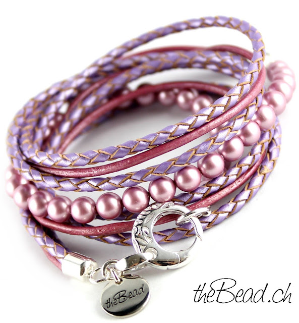 Wickelarmband aus geflochtenem Leder und Perlen von theBead.ch