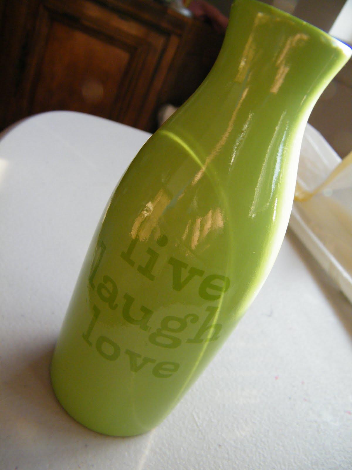 Flower vase pronunciation - A Vase Or A Vaaaz Depending On Your Pronunciation
