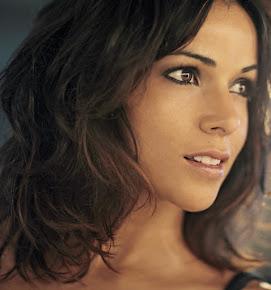 Raquel del Rosario Macias (Cantante)