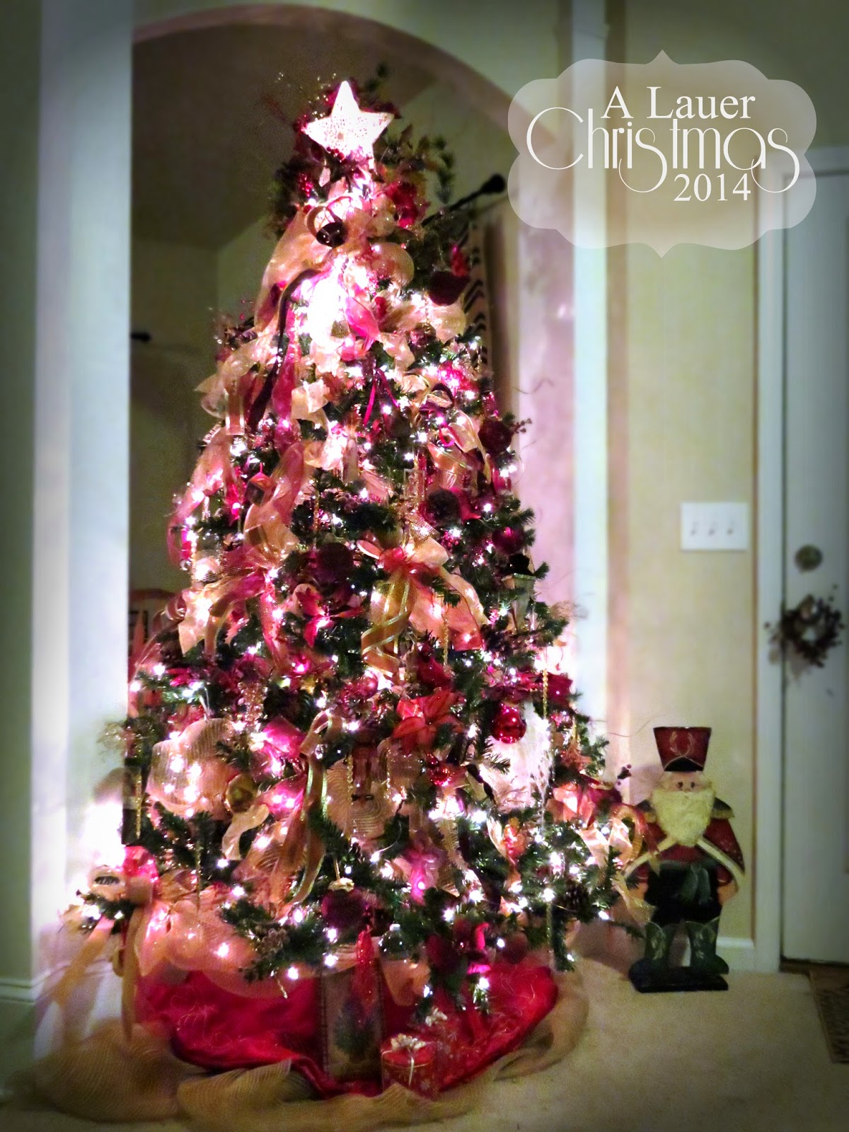 Make A Christmas Tree Out Of Deco Mesh