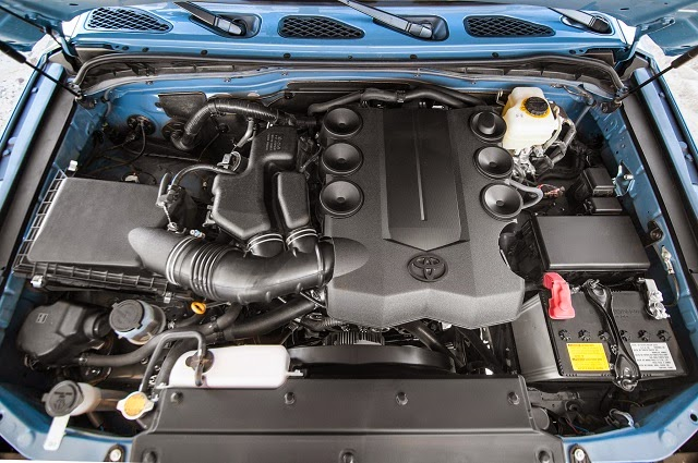 2016 Toyota FJ Cruiser Engine