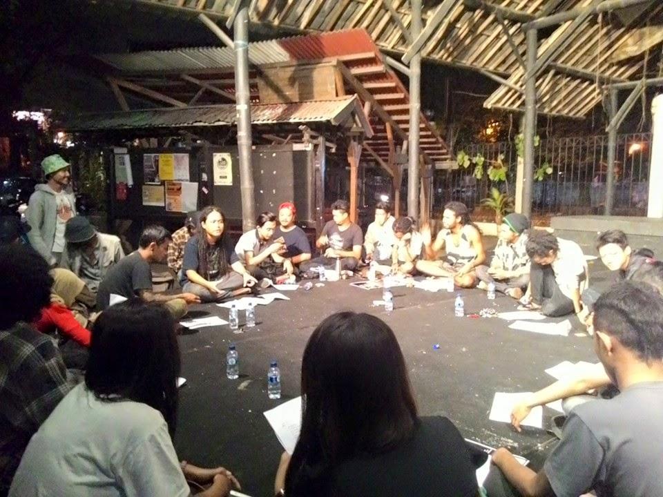Suasana Persiapan 13Th Anniversary Indonesia Reggae Community | Foto : Feri Abal