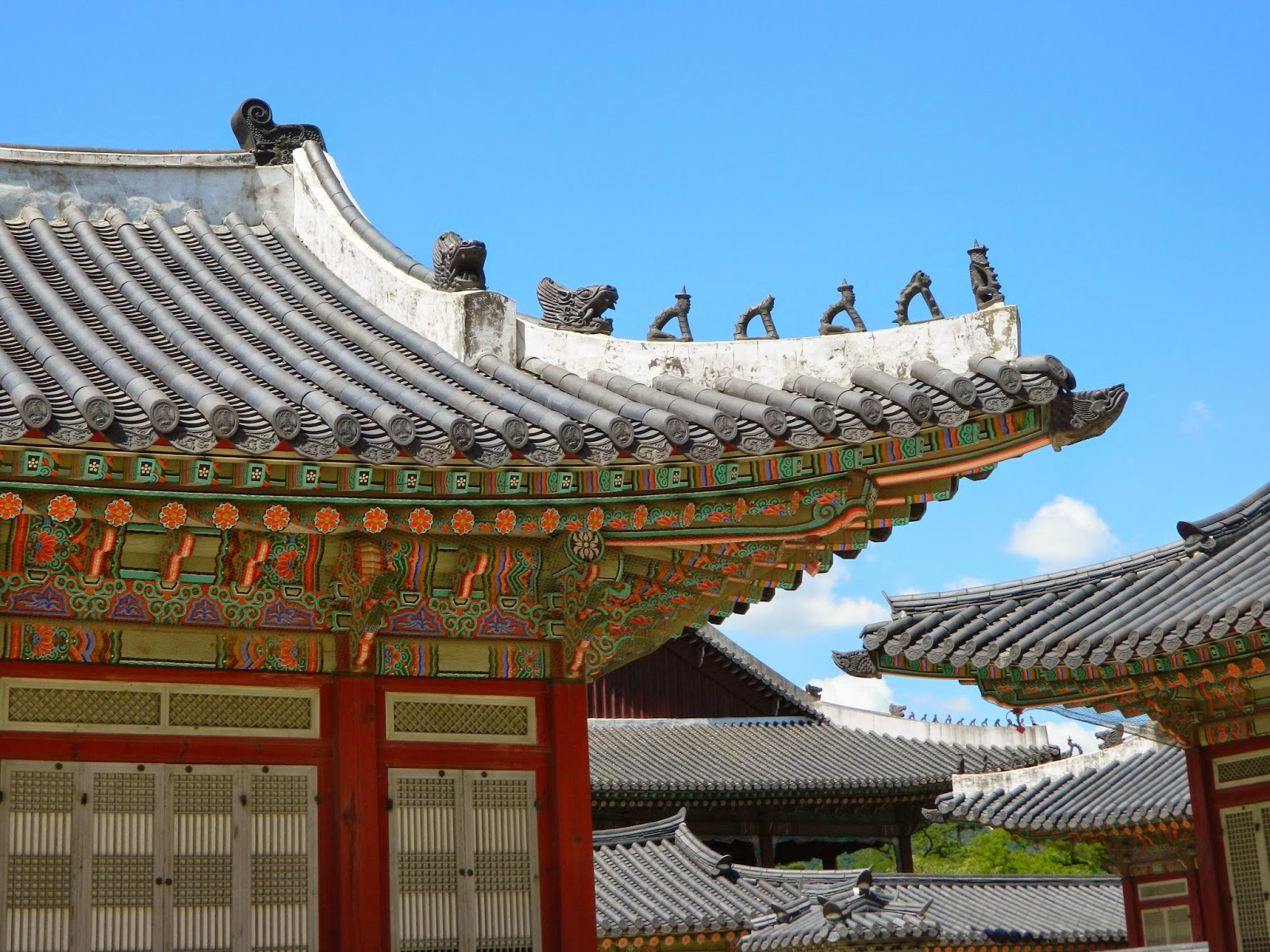 Slopey roofs of the Gyeongbokgung