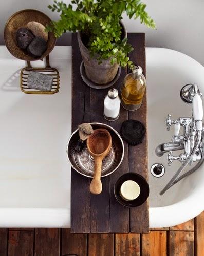 Planche baignoire bois