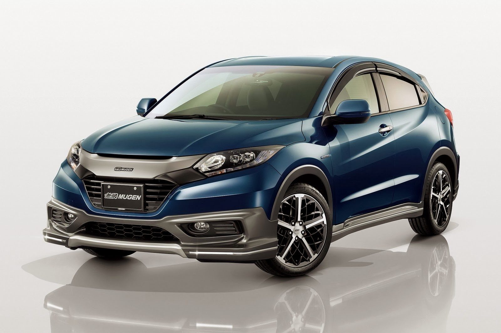 new honda vezel small crossover photo pictures gallery wallpaperautocars. Black Bedroom Furniture Sets. Home Design Ideas