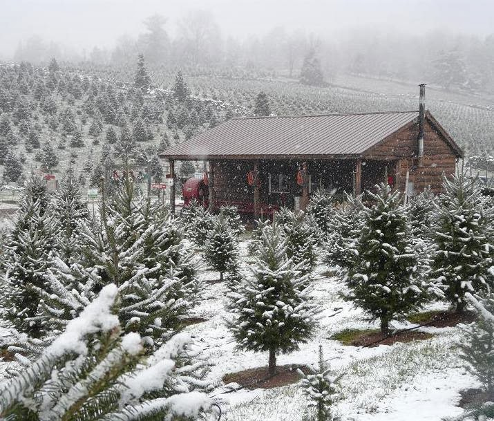 Hudson Valley Resort Amp Spa Warm Holiday Memories On Cold