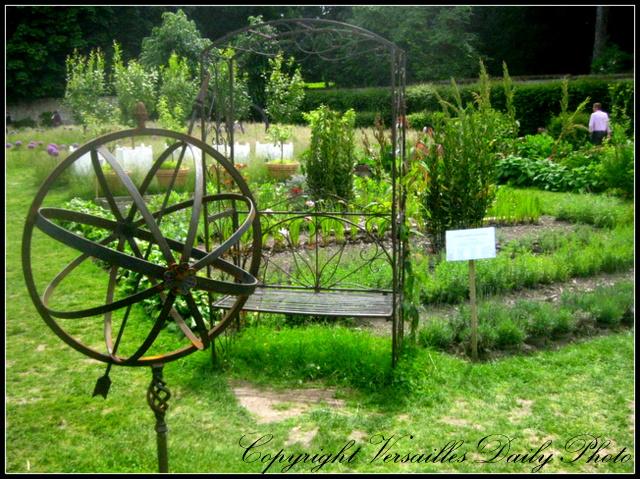 Versaillesdailyphoto blog dans le jardin de l 39 orangerie de madame elisabeth - Les jardins de l orangerie ...