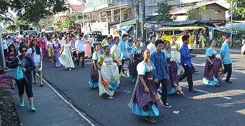 Pantomina sa kalye in Albay