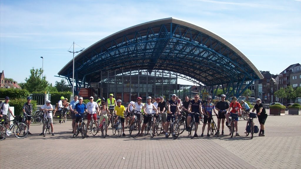 START EN EINDPUNT STATIONSPLEIN HALLE