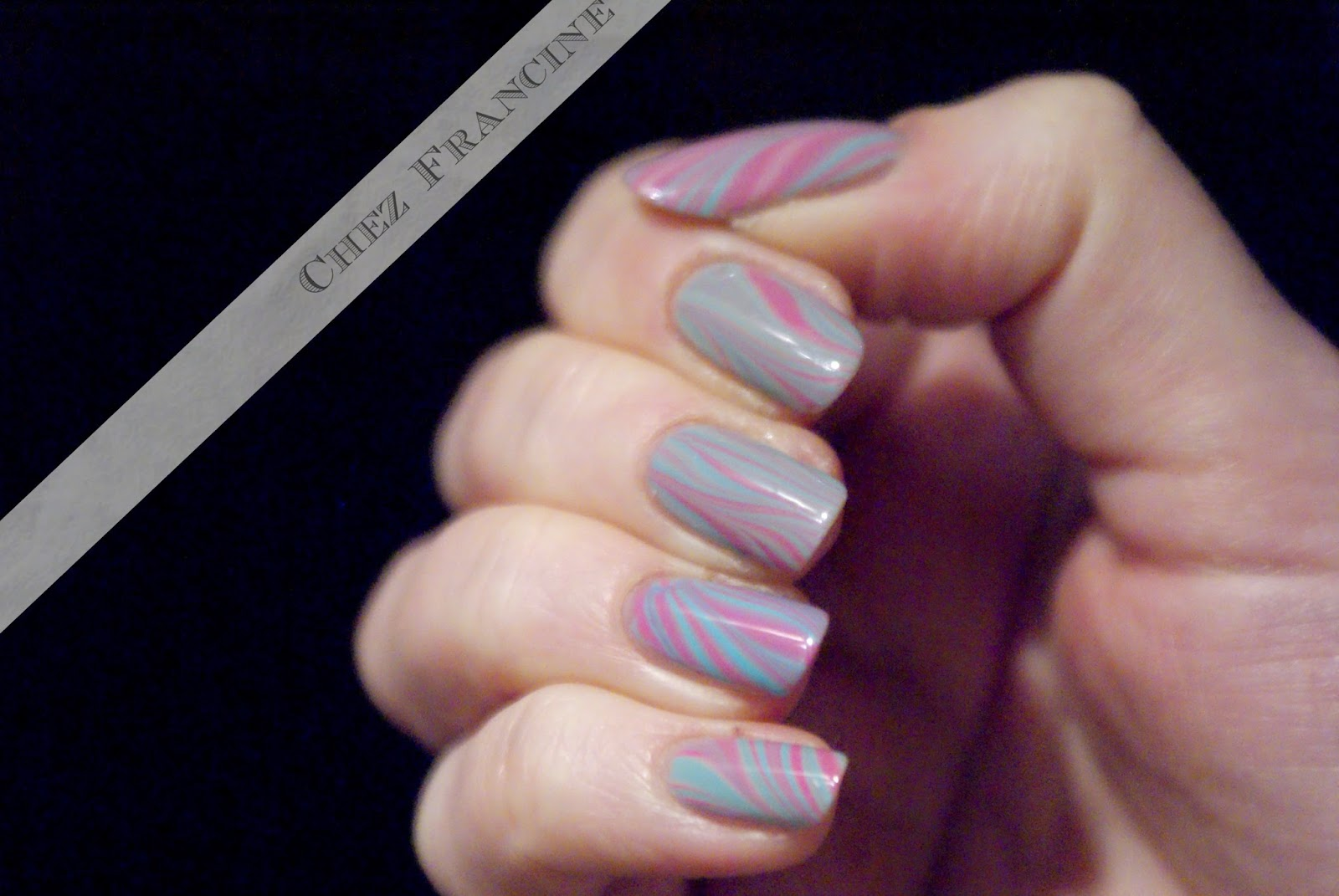 Chez Francine: A sugary watermarble!