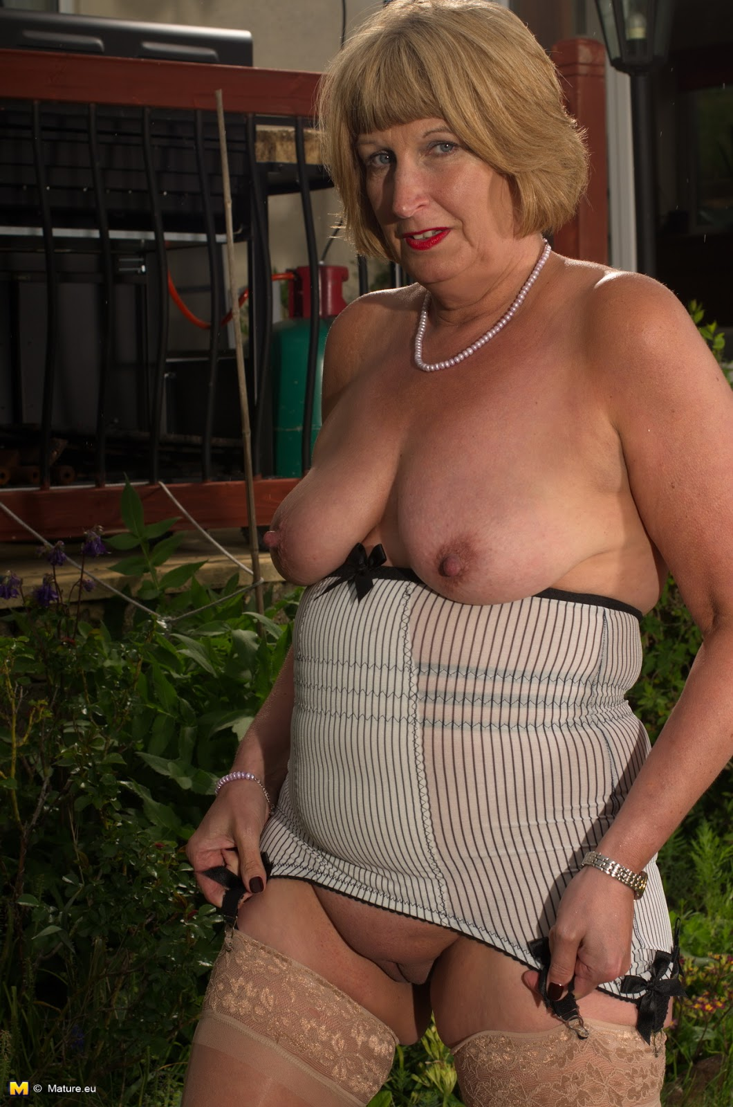 Mature Women Rosemarie 88