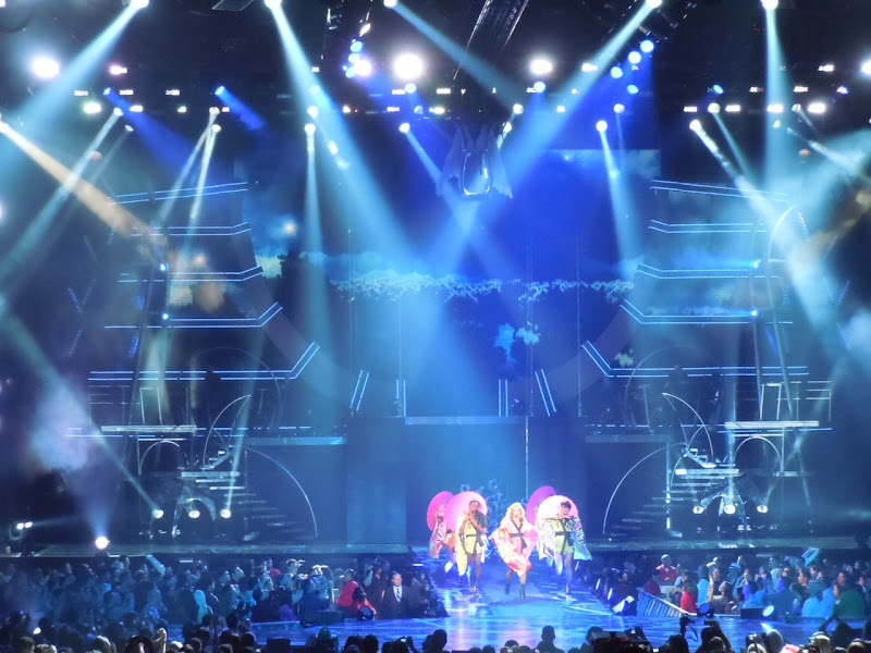 Britney Toxic Femme Fatale concert