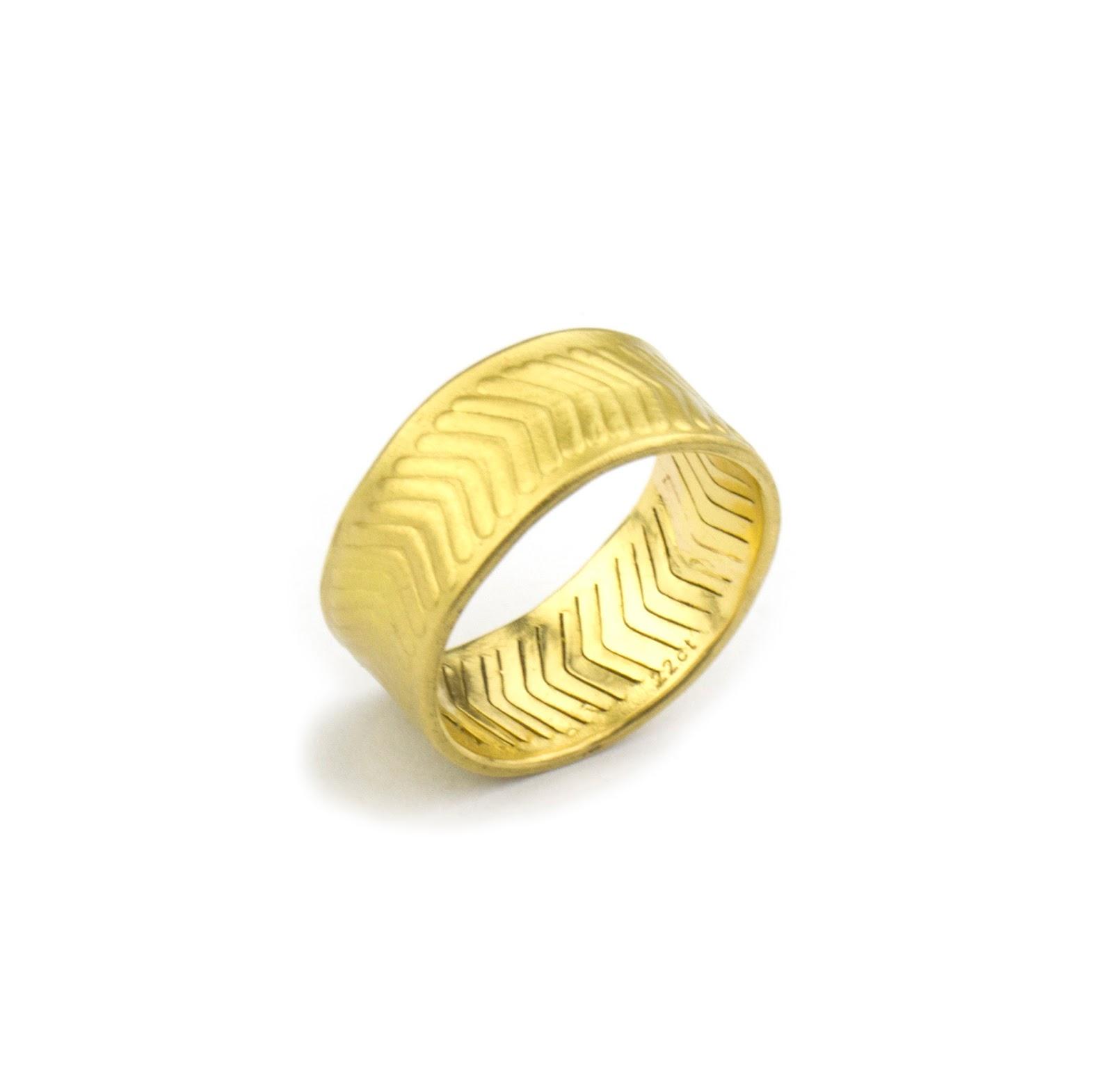 Chevron Mens Ring 22 Carat Gold