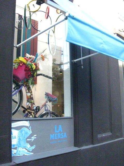Oficina De Moda De Buenos Aires El Dise O Va En Bici
