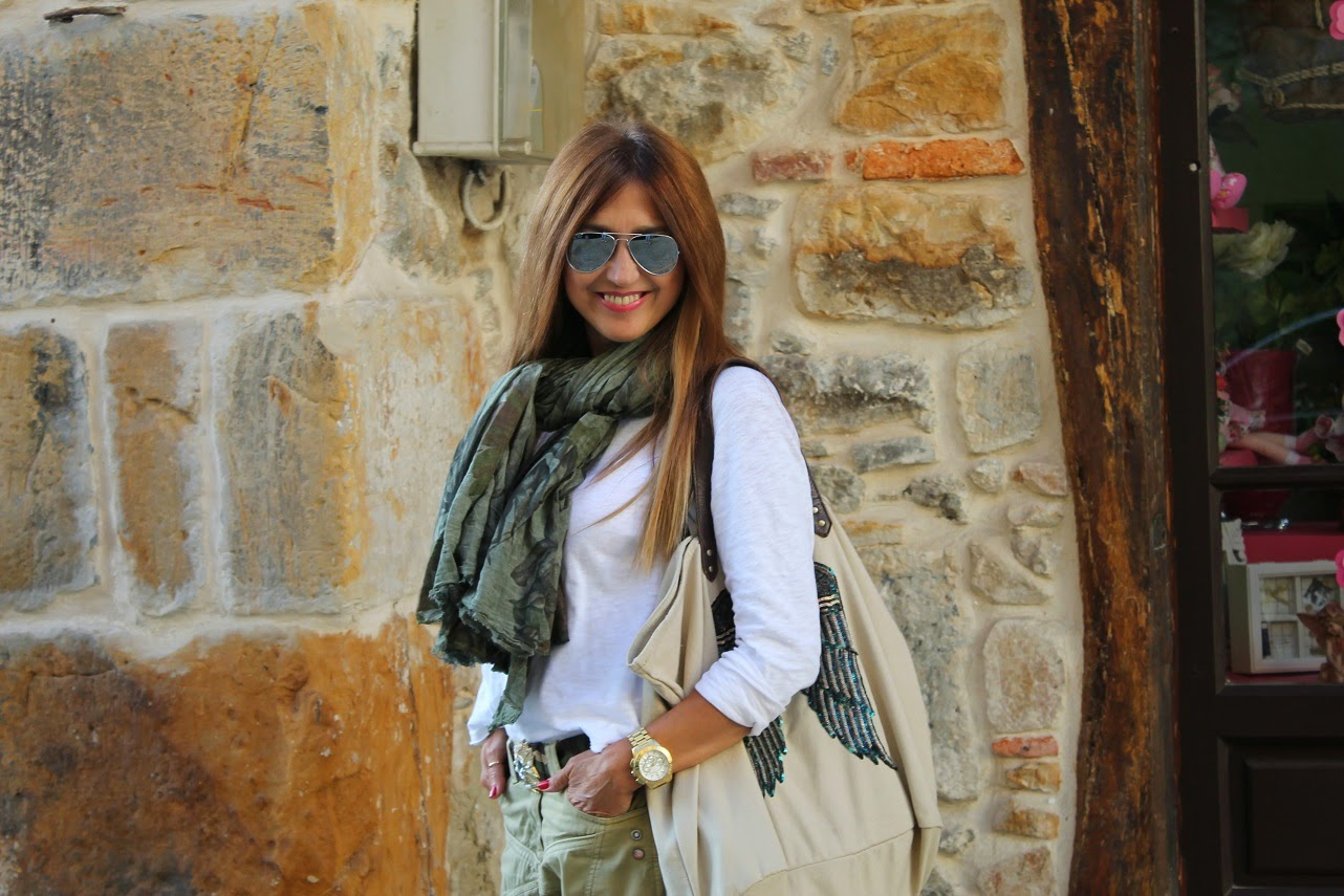 Comillas, Street Style, Berenice, El Siglo, Bag, Scarf, Look, Outfit, Cantabria, Turismo, Shopping, Isadora, Fashion Blogger, Carmen Hummer, Travel, Lifestyle, summer, Holidays, Beach, surf, Gourmet, cool