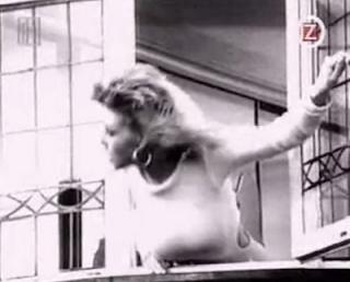 videos-musicales-de-los-80-ac-dc-you-shook-me-all-night-long