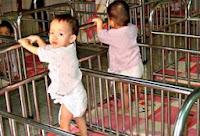 Romanii din Tailanda pot adopta copii din Romania