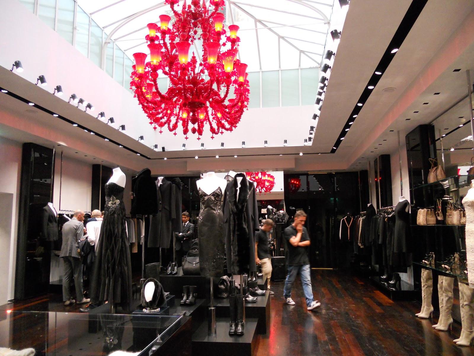 occasione unica linaugurazione della maison scervino il nuovo flagship store nel cuore della capitale in via del babuino scervino inaugura nella settimana