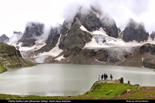 Foto Pemandangan Lembah Kashmir Cantik @ Digaleri.com