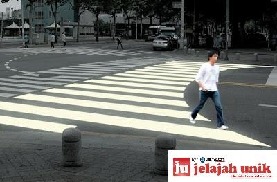 Curving Ego Crosswalk