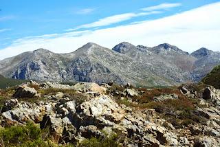 Teverga, ascensión al pico Ferreirúa, vista de los Huertos del Diablo