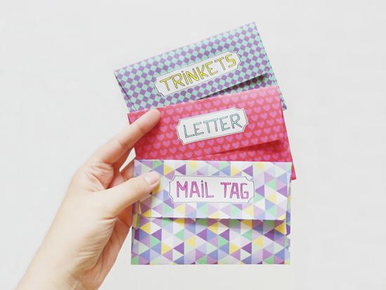 Petite blasa c mo decorar cartas 10 - Como adornar una cartulina ...
