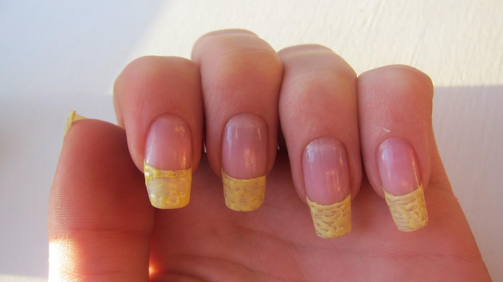 Everflair Glitter Flower Nail Design