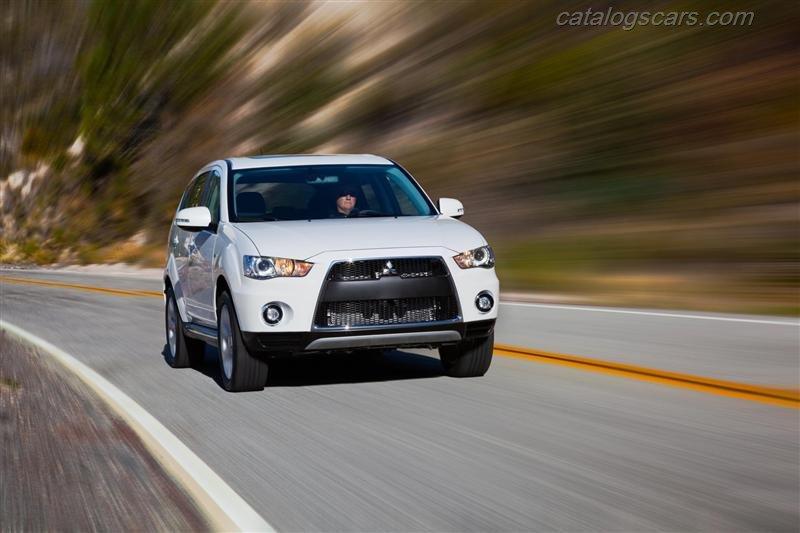 صور سيارة ميتسوبيشى اوتلاندر 2013 - اجمل خلفيات صور عربية ميتسوبيشى اوتلاندر 2013 - Mitsubishi Outlander Photos Mitsubishi-Outlander-2012-800x600-wallpaper-12.jpg