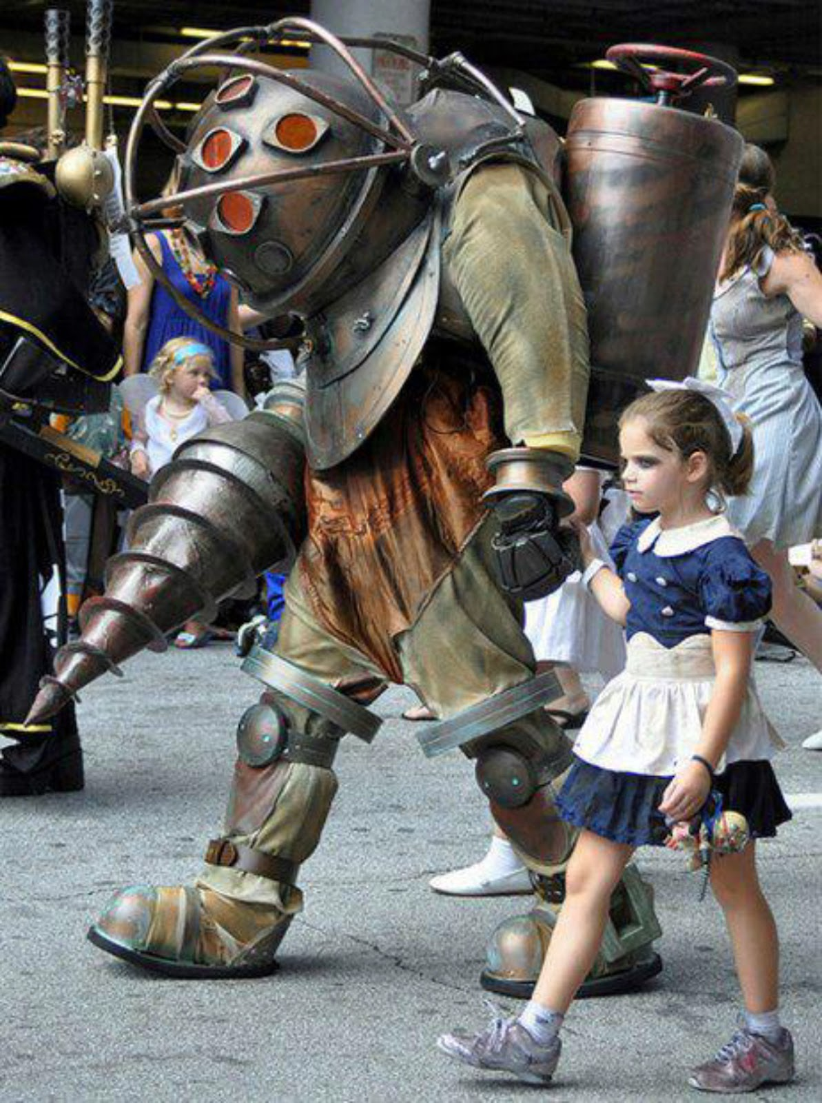 11 Video Game Cosplay Costumes Creative Cosplay Designs