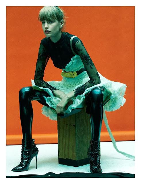 Fetish Inspirations : Model Elisabeth Erm By Photographer Greg Kadel